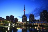 25 - Toronto by night 1