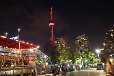 27 - Toronto by night 3