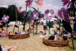 http://thingssheloves.tumblr.com/post/57664656529/birds-nests-glasto-style-by-chris-ford-uk-on