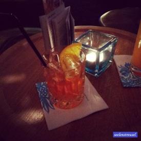 Schlummertrunk. Aperol Sour. Yummy! #IrrenhausOnTour #reloaded #hamburg2015 #motelone #ammichel #drinks #goodtimes