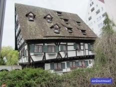 "Hotel ""Schiefes Haus"""