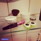 Spachtelmasse und Co. #pmdd19 #gettungreadyfortheday #kontaktlinsen #kontaktlinsenbehälter #müüüde